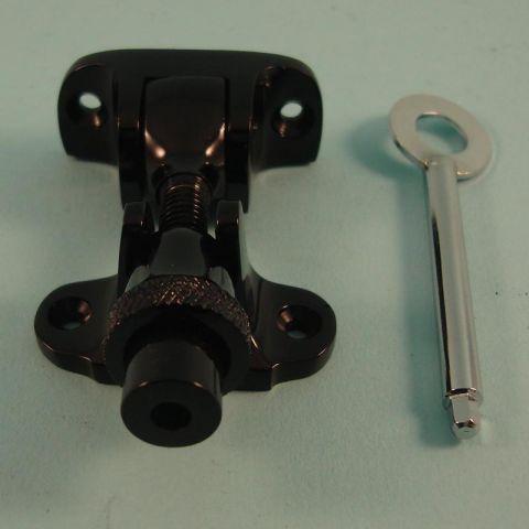 "Brighton ""London Type"" Acorn Fastener - Locking"